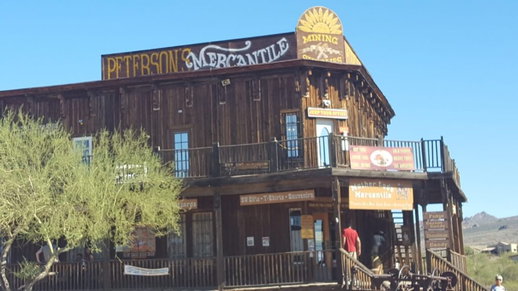 Petersons mercantile Tripps Plus Las Vegas